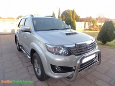toyota fortuner 3.0 d-4d rb at le s49