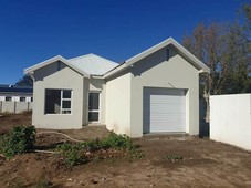 2 bed house in robertson